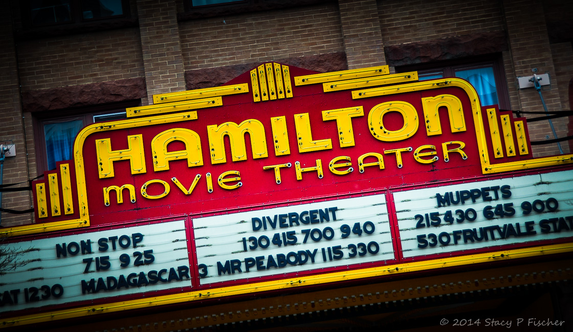 Image gallery movie theater marquee for Movie marquee letters