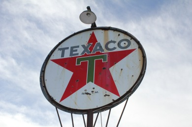 Texaco (Before), by Emilio Pasquale, Photos by Emilio