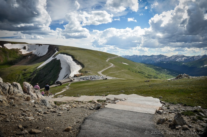 View from 12,005 feet above sea level at the top of the Alpie Visitor Center of Trail Ridge Road