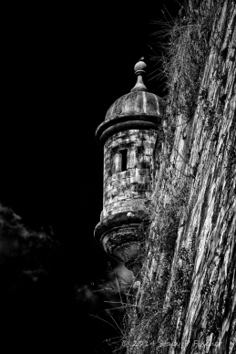 Stylized B&W photo of guerita (sentry box) on San Juan's fortified wall.