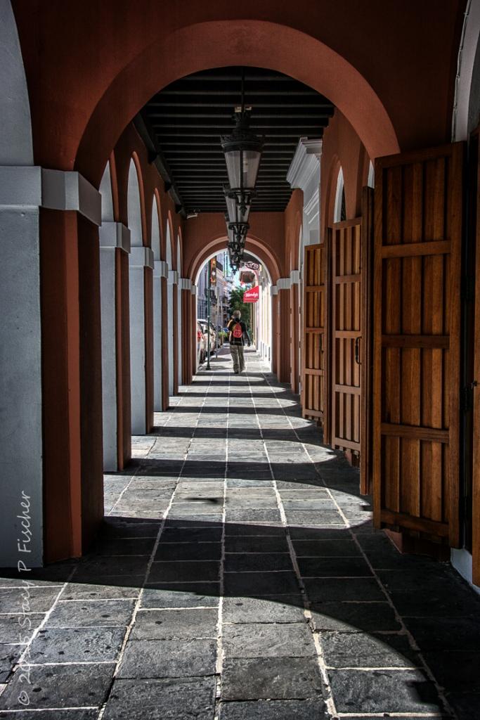 San Juan Colonnade