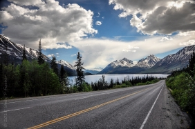 View along South Klondike Highway