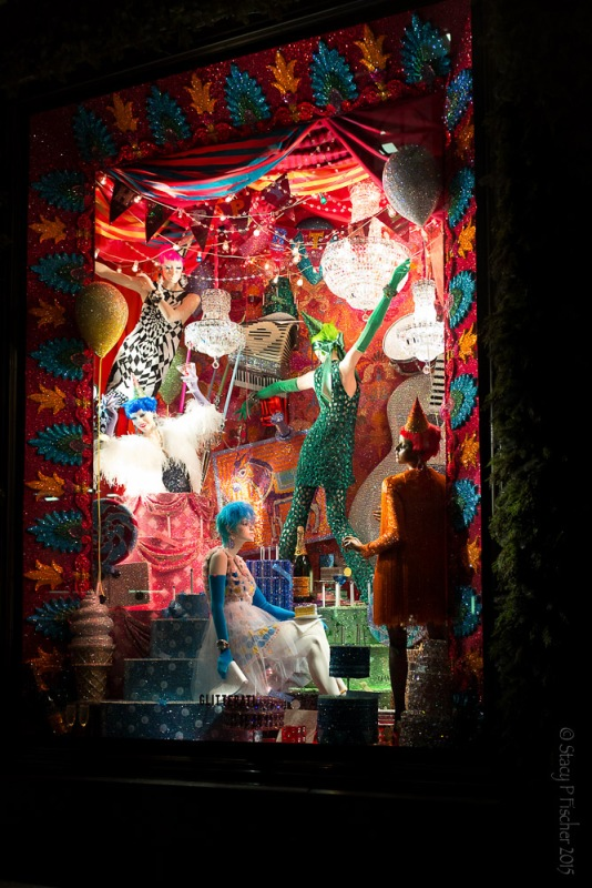 "Bergdorf Goodman 2015 Christmas Window ""Glitterati"""