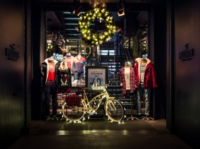 Hollister New York City Christmas holiday window display