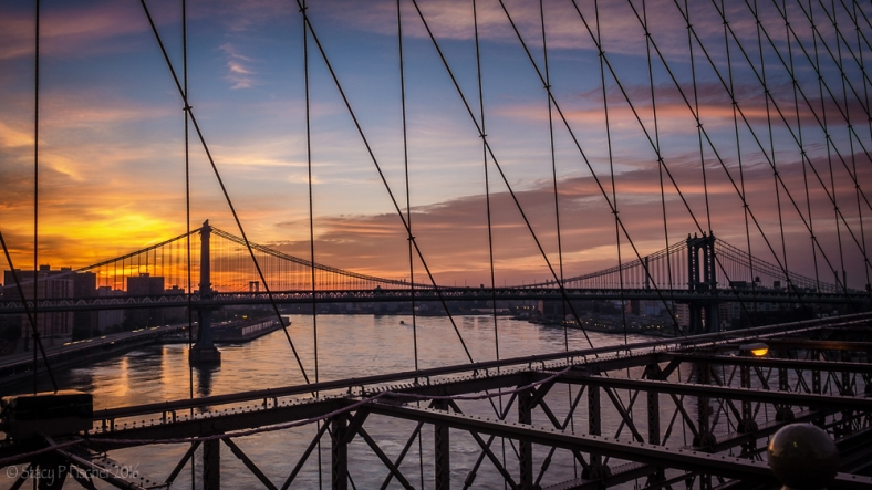 Manhattan Bridge sunrise from the Brooklyn Bridge
