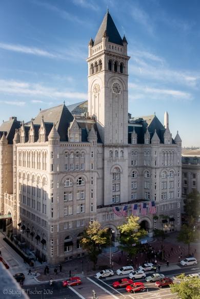 2016-10-trump-hotel-protest-1