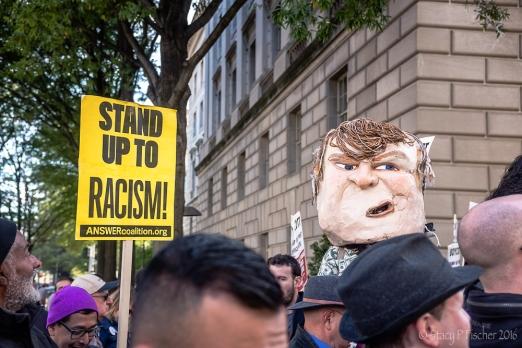 2016-10-trump-hotel-protest-19