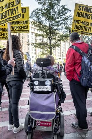 2016-10-trump-hotel-protest-7